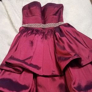 Sherri Hill Burgundy Cocktail Dress - size 6
